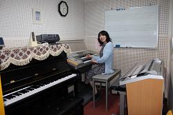 ピアノ エレクトーン教室・個人レッスン部屋